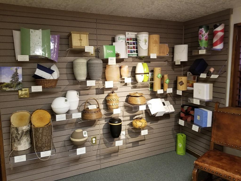 Eco-Friendly Urn Gallery
