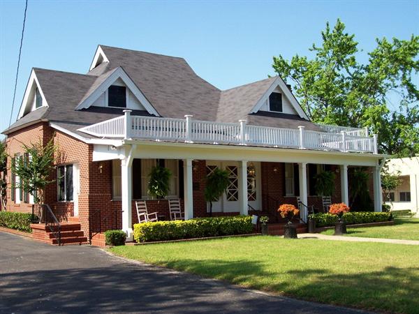 Sullivan Funeral Home Exterior