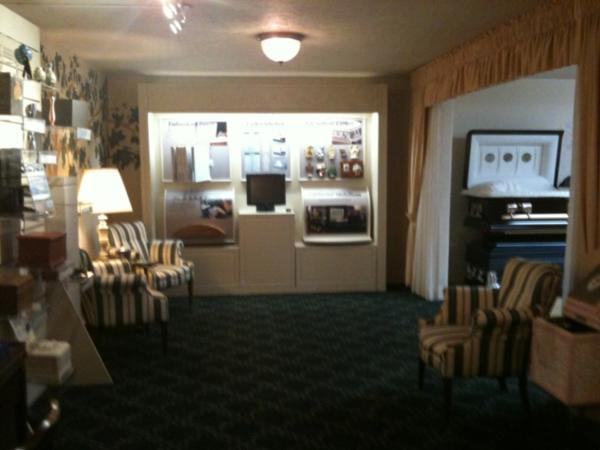 tour our facility white 39 s funeral home azusa ca. Black Bedroom Furniture Sets. Home Design Ideas