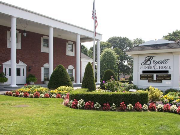 Bryant Funeral Home Exterior