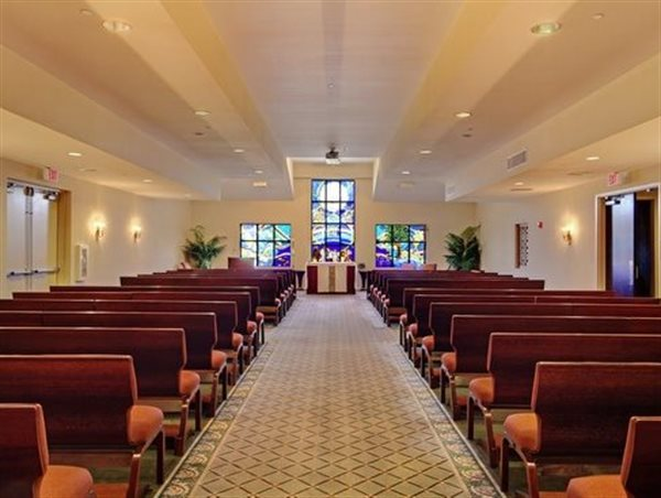 Tour our facility greenwood funeral home new orleans la - Modern funeral home interior design ...