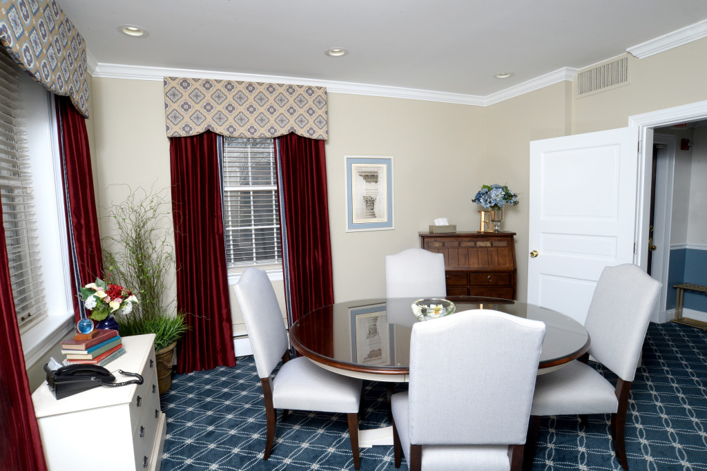The Capital Room is a multi-purpose space for small meetings, pre-need arranging, and private family consultations with clergy.