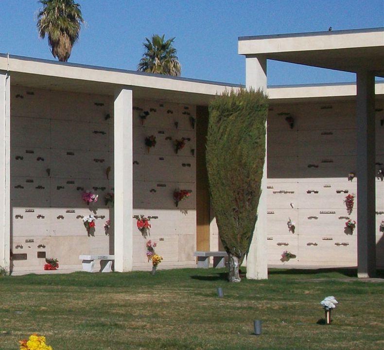 Bunkers Eden Vale Memorial Park Mausoleum