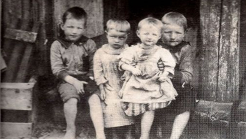 Adolph Pfeiffer Family, 1895