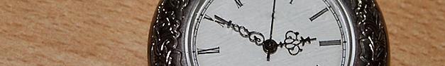 Clock-049