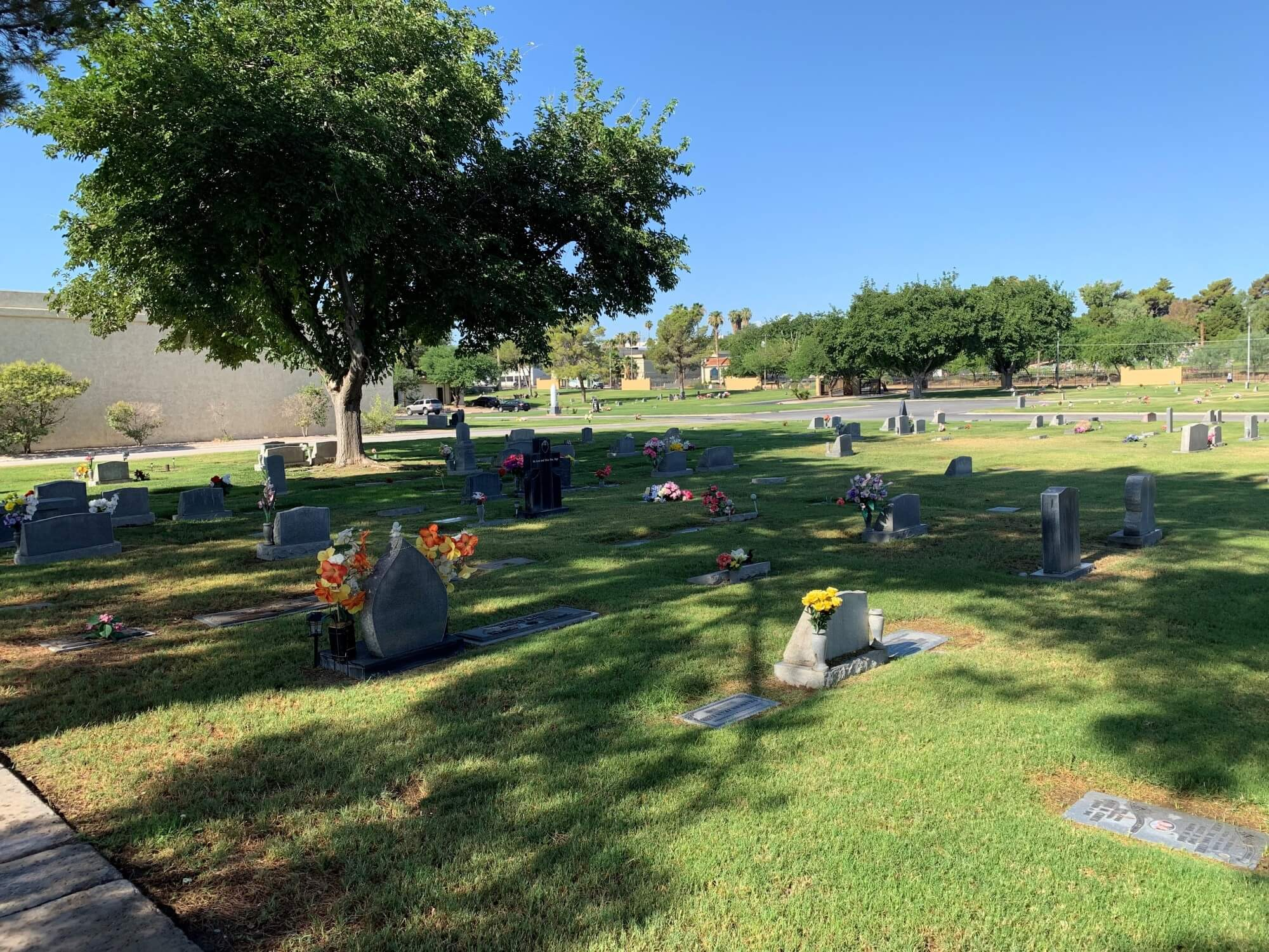 Memory Gardens Memorial Park cemetery