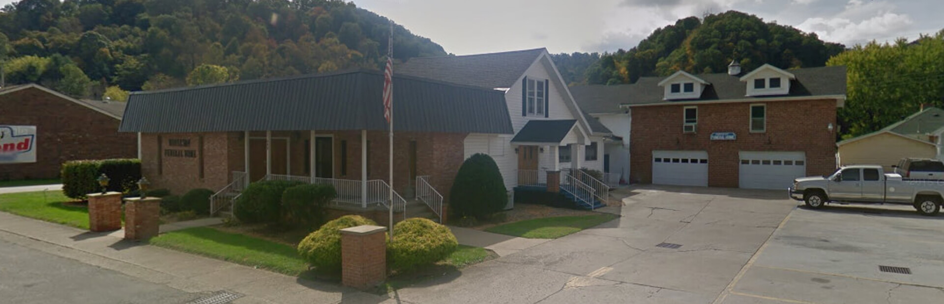 Roberson Funeral Home in South Shore, KY