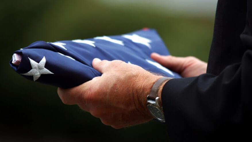veteran burial flags