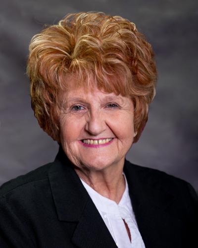 Lynda Cooper