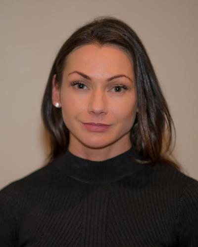 Valerie  Leo
