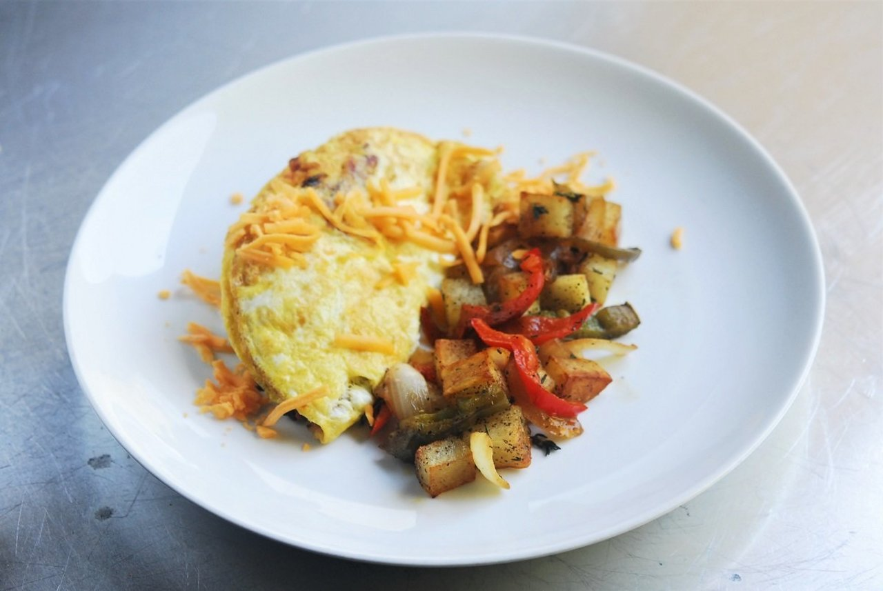Classic Omelet & Breakfast Potatoes