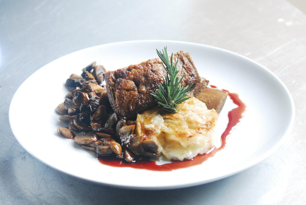 Wagyu Beef & Thyme Potato Gratin