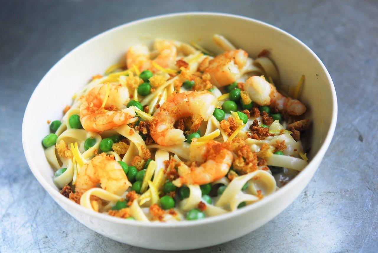 Shrimp Pasta & Lemon Cream Sauce
