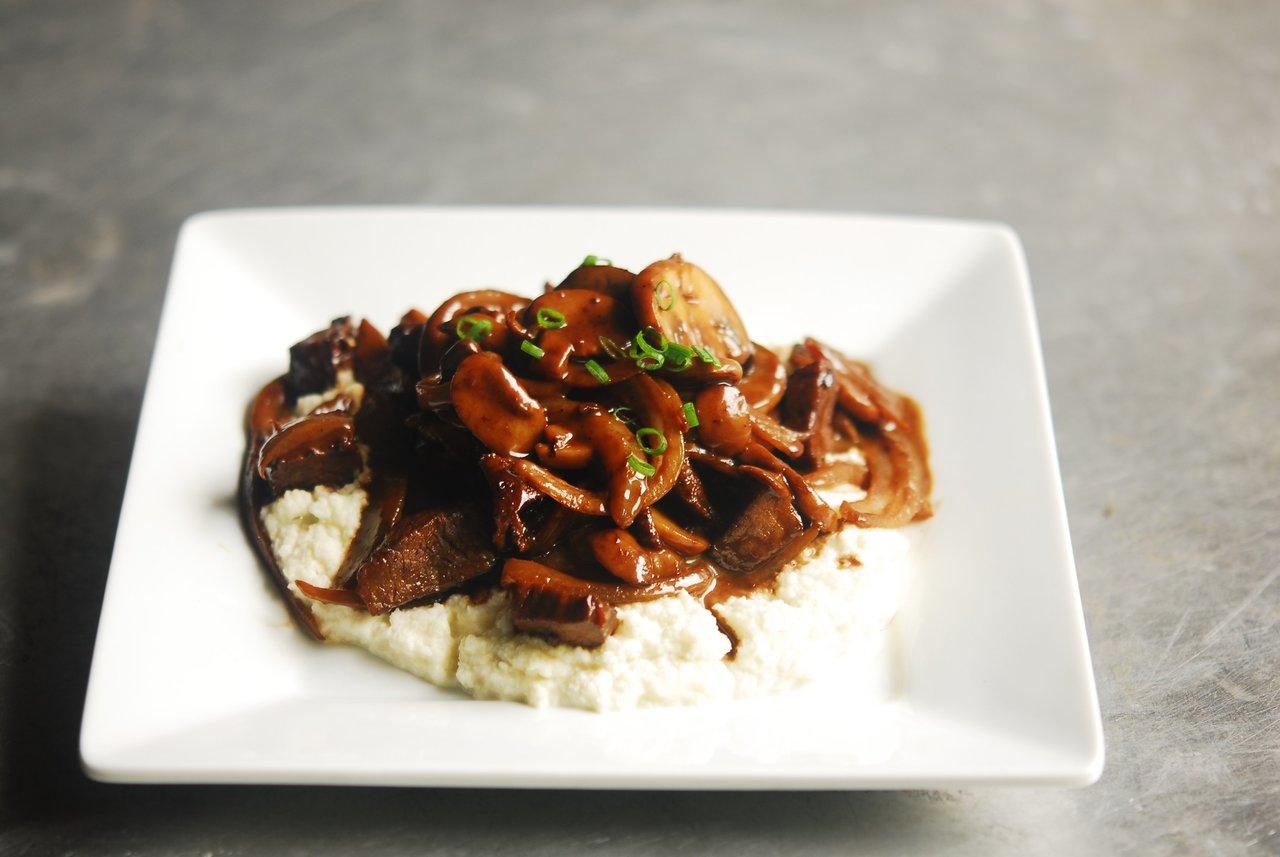 Beef Tips & Cauliflower Mash with Gravy