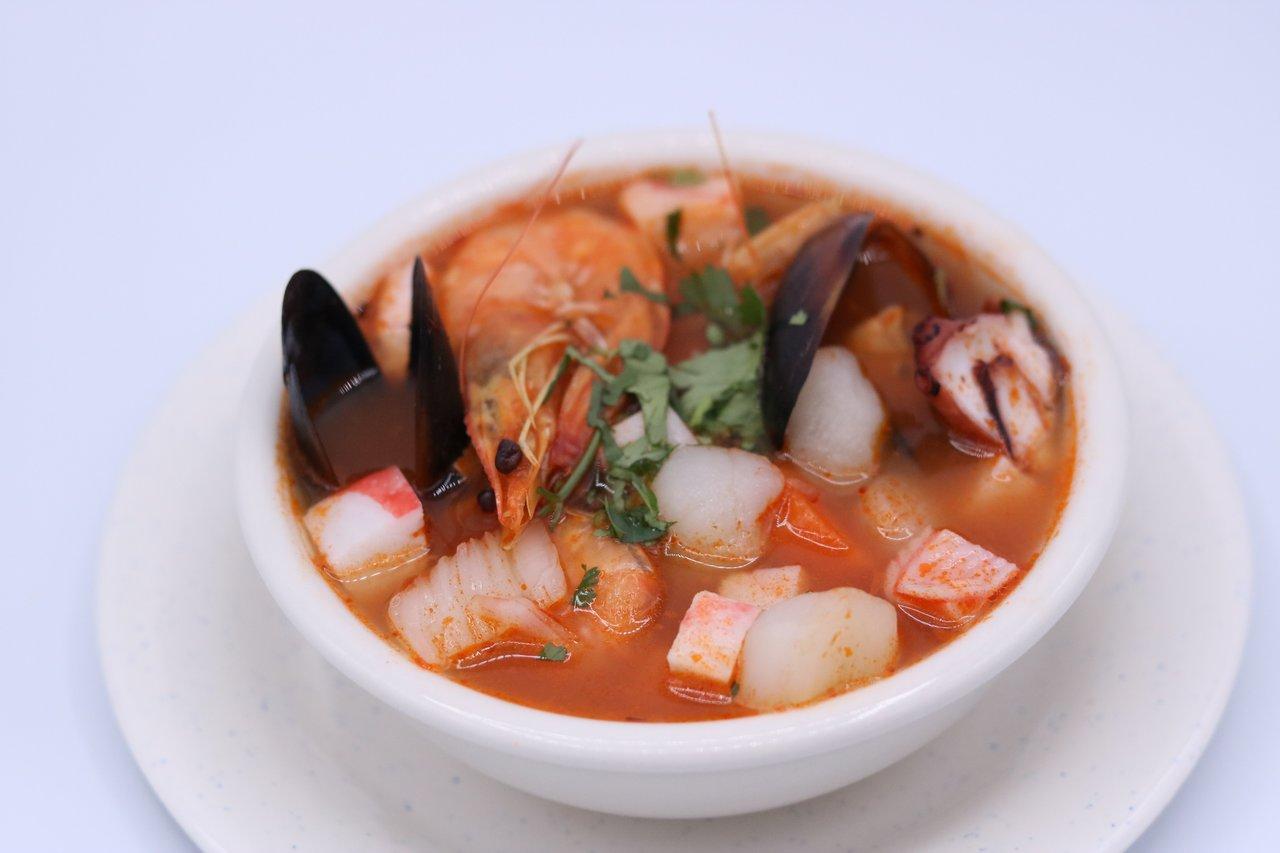 La Costilla - Mexican Seafood Soup