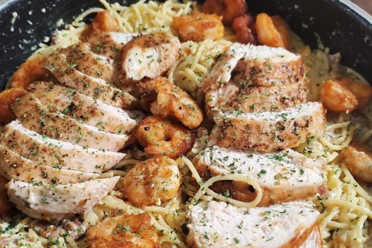 Wolfe's International - Chicken & Shrimp Carbonara