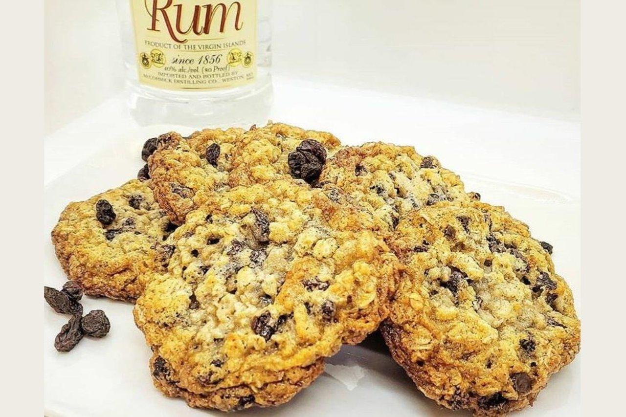 Wolfe's International - Rum Raisin Oatmeal Cookies