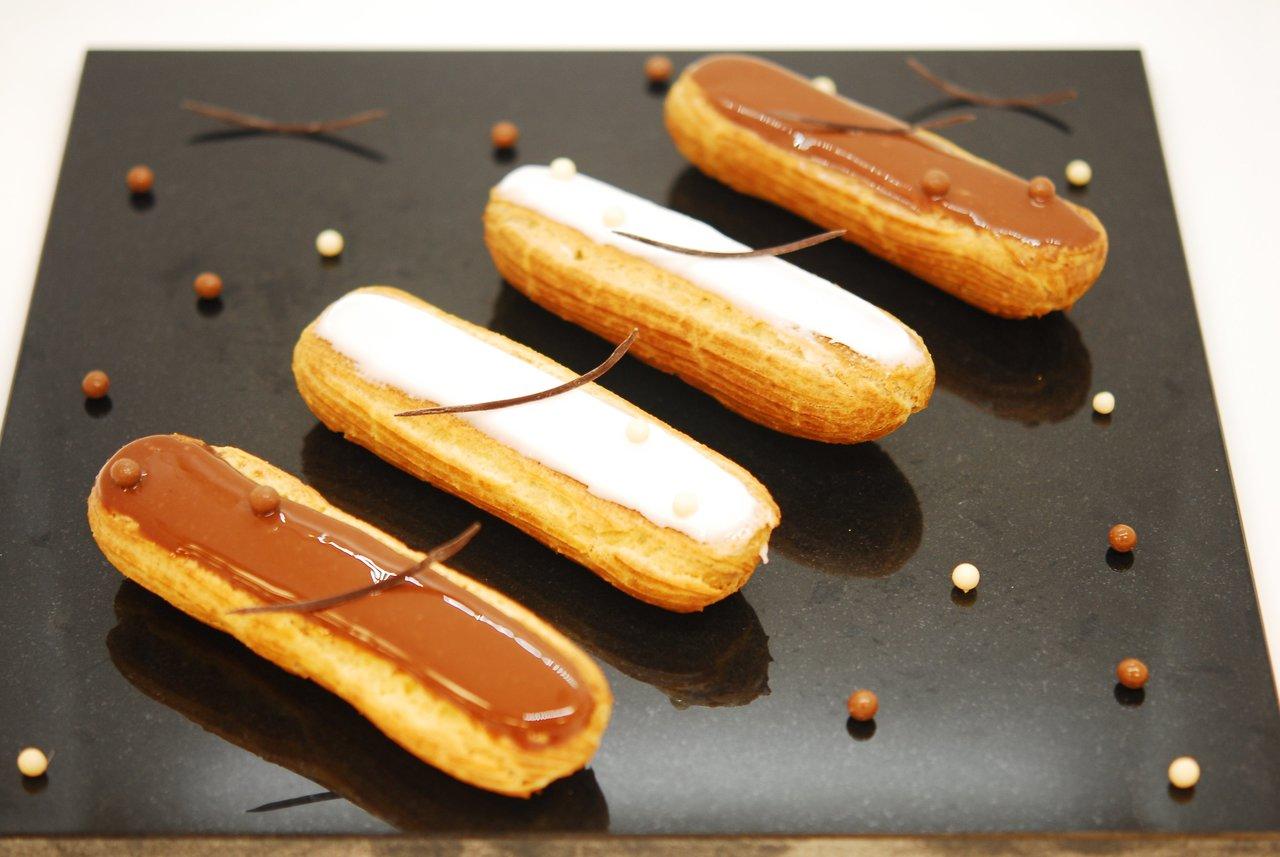 Vanilla & Chocolate Eclairs