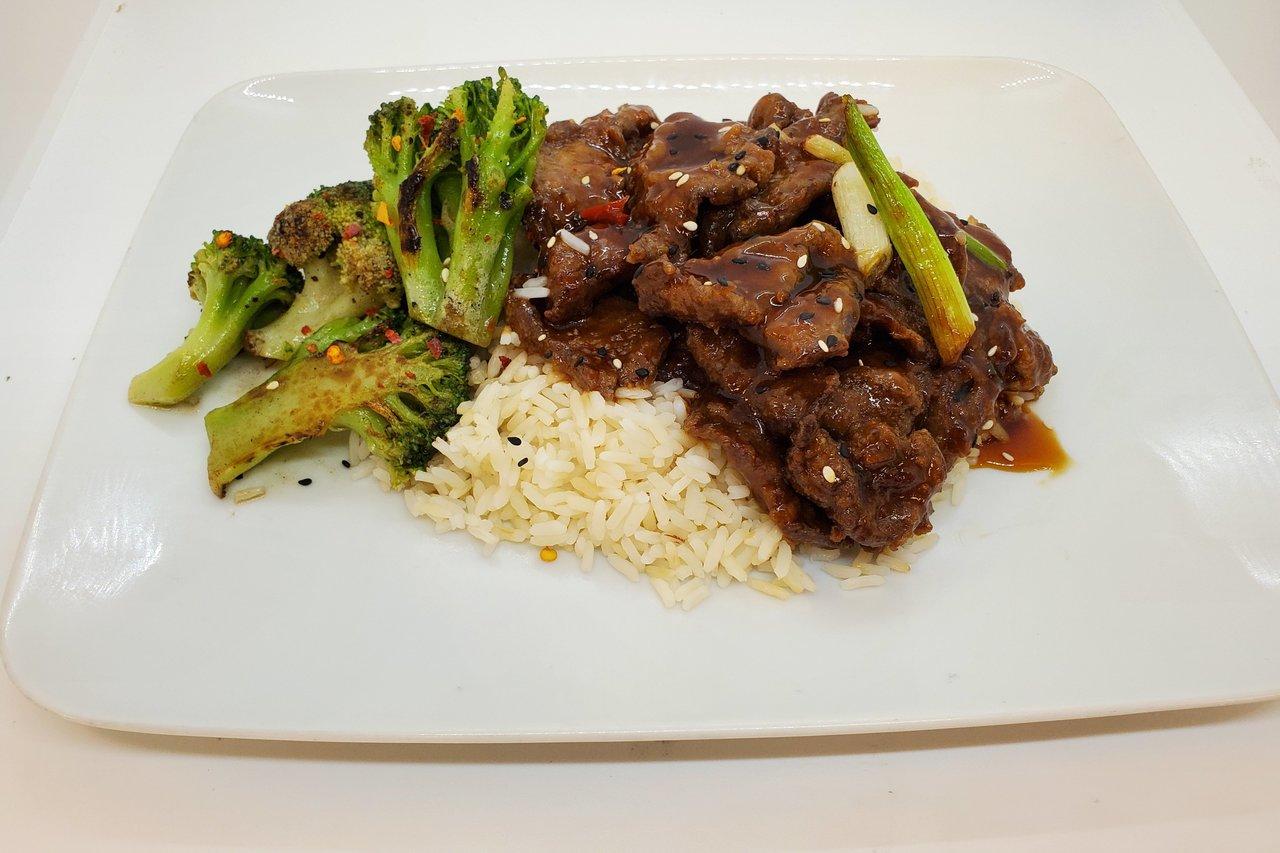 Wolfe's International - Mongolian Beef