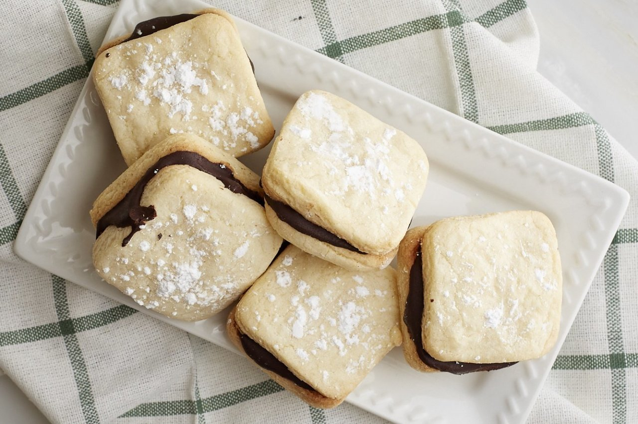 Cafe Cookie Company - Shortbread Chocolate Cookies