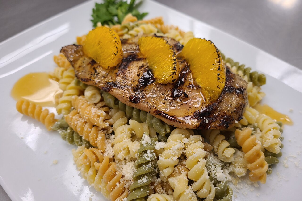 Matrix Comfort Foods - Honey Orange Chicken & Tri-Colored Pasta