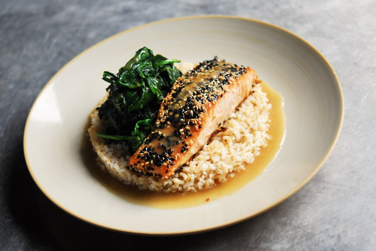 Two Chefs Online - Seared Everything Salmon & Garlic Honey Sauce