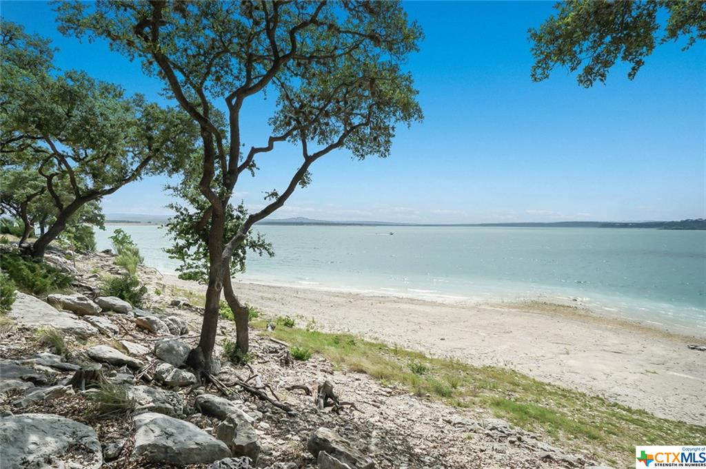 314 Edge Hill , Canyon Lake Texas 78133
