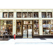 Oscar Wilde hiring General Manager in New York, NY