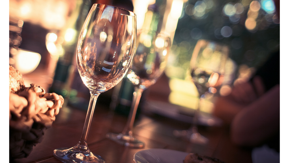 How-to: Provide Table Service For White Wine