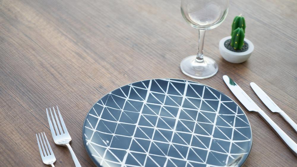 Service Basics: Setting the Table