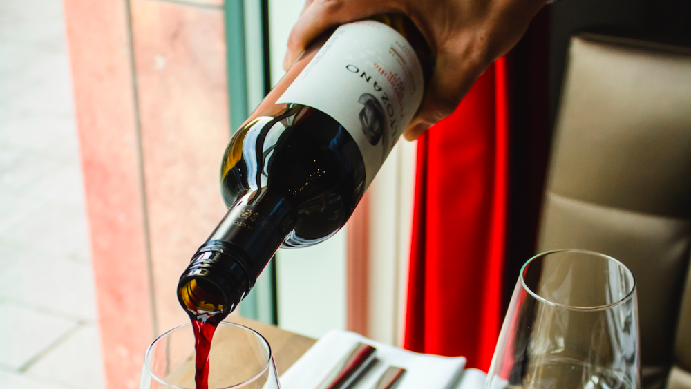 Wine Service 101: Presenting and Pouring