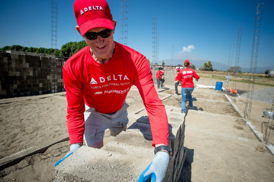 Giving back to our communities with our partner AeroMexico - Habitat for Humanity build in Mexico