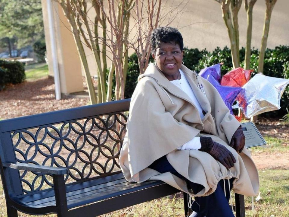 A fifty-year team member has a bench at WellStar Cobb Hospital dedicated to honor her service.