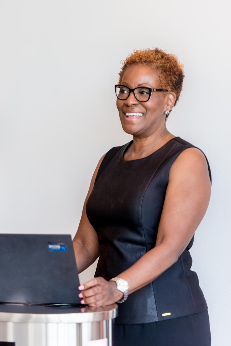 Alita Price, Sr. Business Support Coordinator, Payroll
