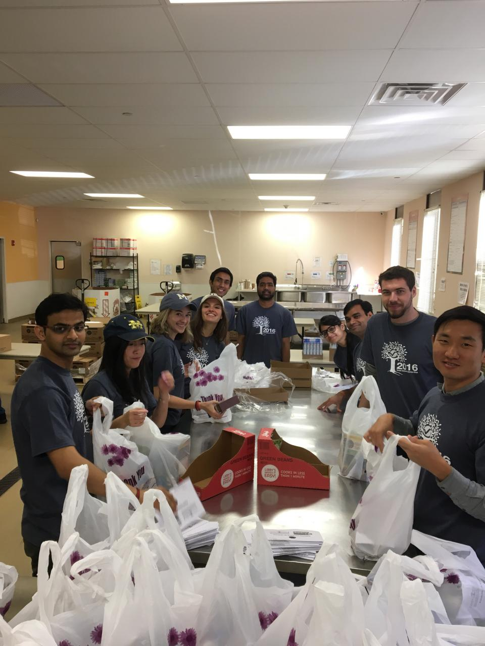 Verisk Volunteer Week 2016 - Employees volunteer at Foodbank for Westchester