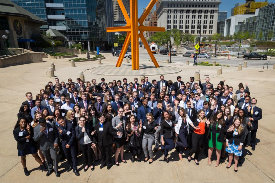 Baird welcomes more than 170 interns each year. The internships expose individuals with many different backgrounds and perspectives to a financial services career they might not otherwise have considered.