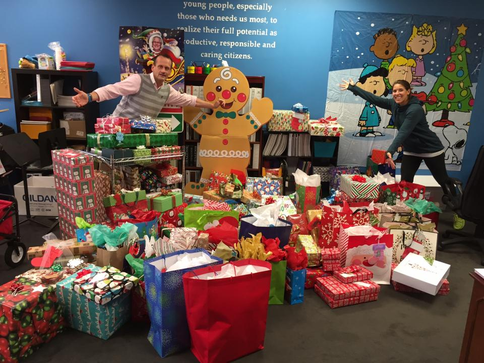 ACC Employees Donate Christmas Gifts to Children in Need of the Boys & Girls Clubs of Austin