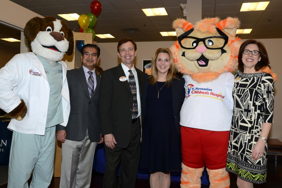 Meridian Health's Community Resource Center opens at Freehold Raceway Mall