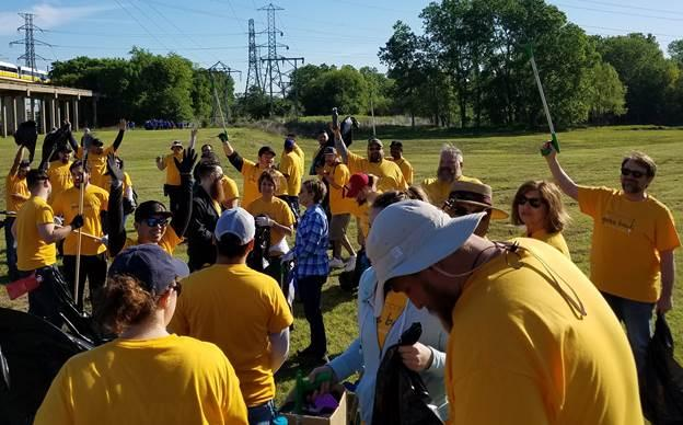 Connectrac - Day of Service at the Trinity River