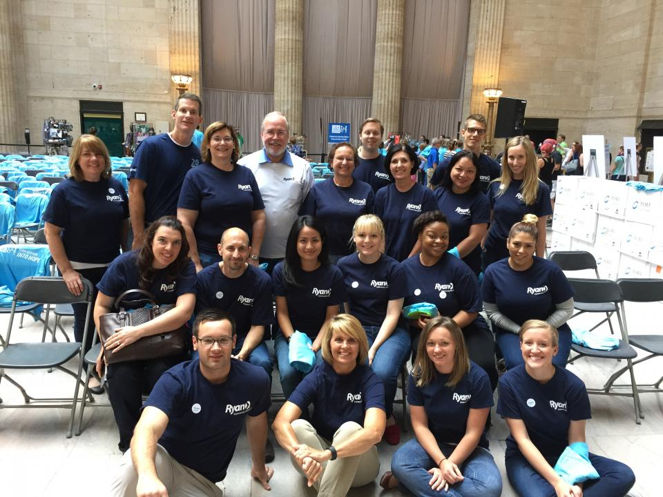 Chicago Area Employees volunteer at a Feed My Starving Children event at Union Station.