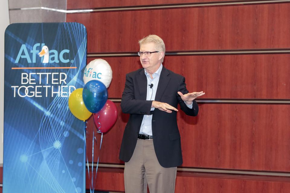 Executive Vice President and Chief Financial Officer Fred Crawford speaks at a Talk the Talk with Leadership session.
