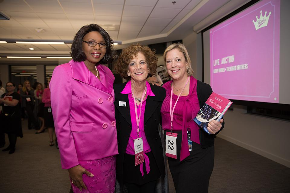 Our CBIZ Women's Advantage program hosts networking and fundraising events across the U.S., enjoyed by females as well as males!
