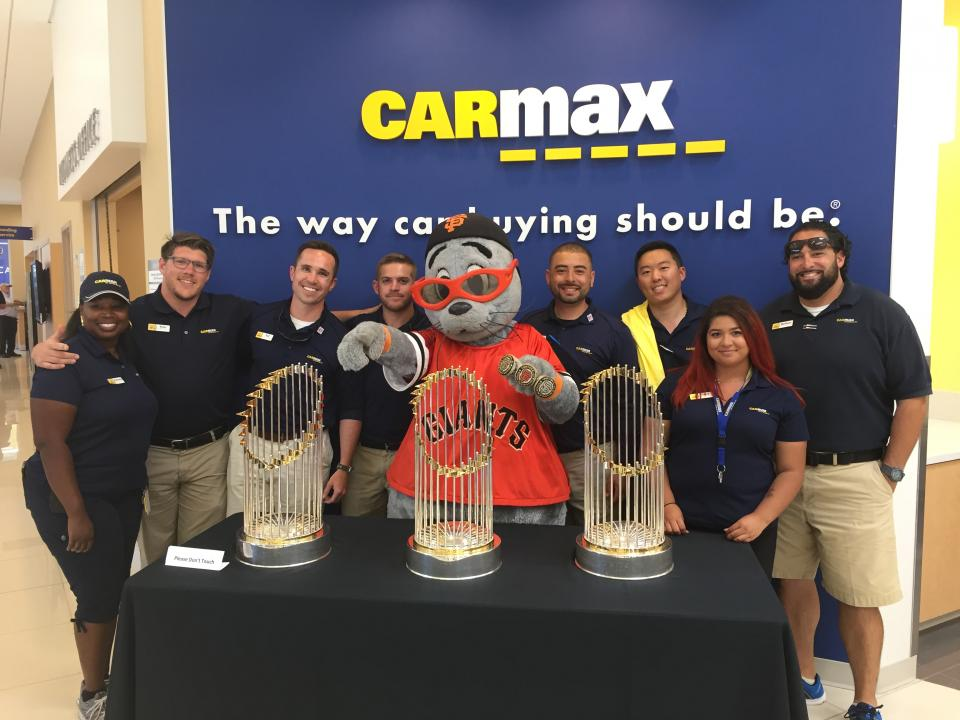 CarMax Employee Photo