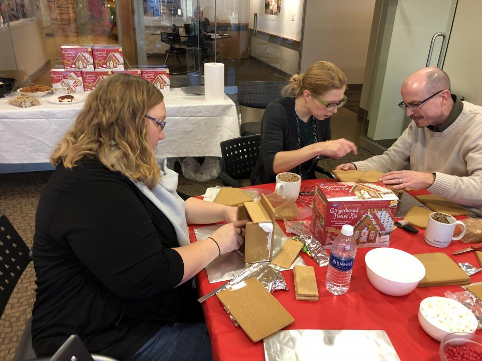 Holiday Decorating - Gingerbread Houses