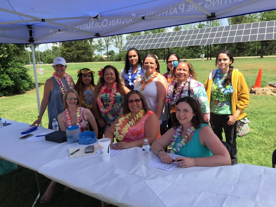 Torch Family Picnic, Luau-themed!