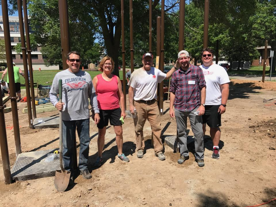 Playground construction volunteer team