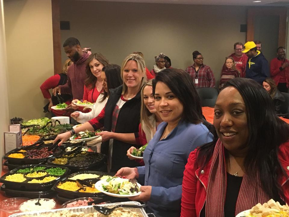 2018 Healthy Heart Awareness Month - Employee Salad Bar Luncheon