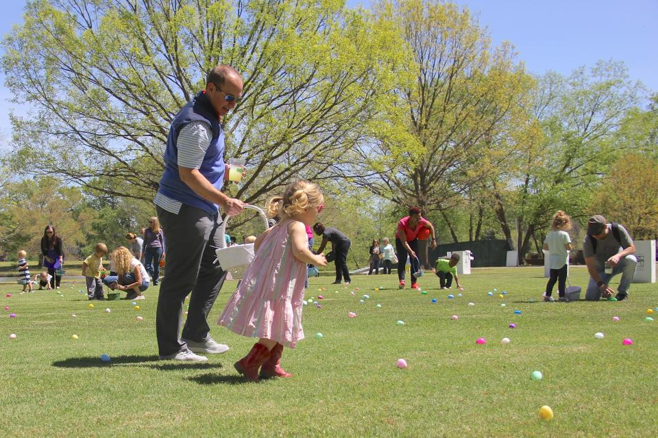 An annual picnic in each of its markets is just one of the family-friendly events Pinnacle hosts for associates and their families each year.