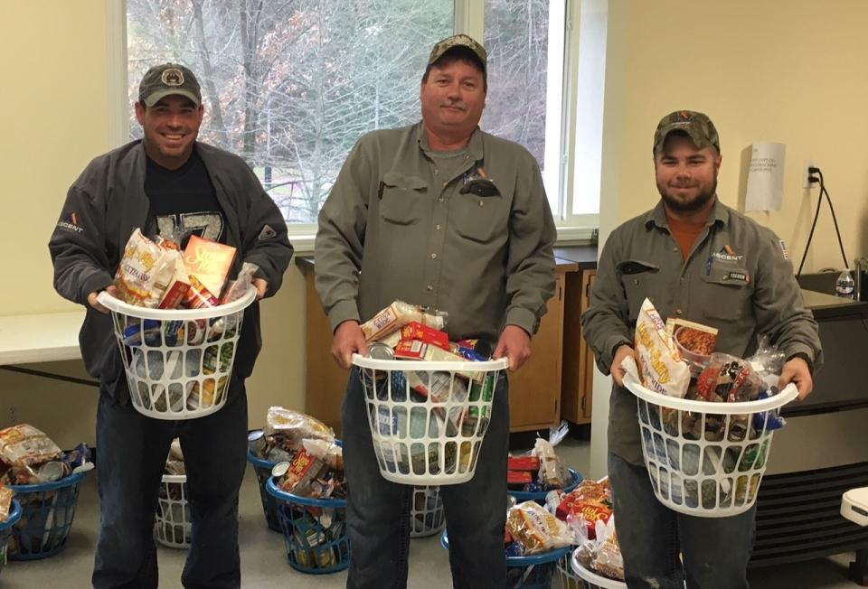 West Virginia Employees making meal baskets for the holidays