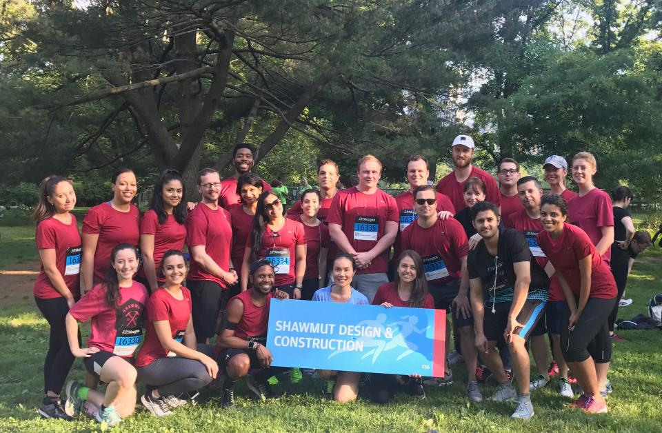 Members of Shawmut's New York office particpating in the annual J.P. Morgan Corporate Challenge.